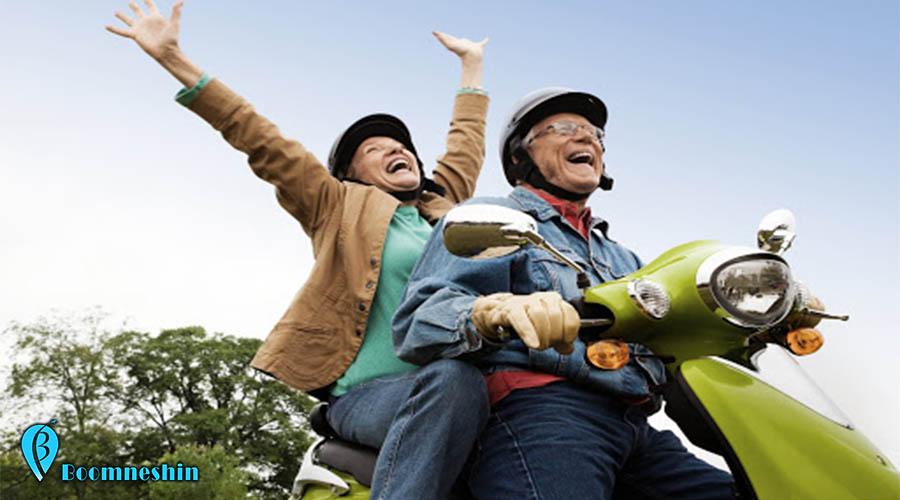 باید ها و نباید های سفر با سالمندان، در سفر چکار کنیم افراد سالخورده از دستمان ناراحت نشوند؟