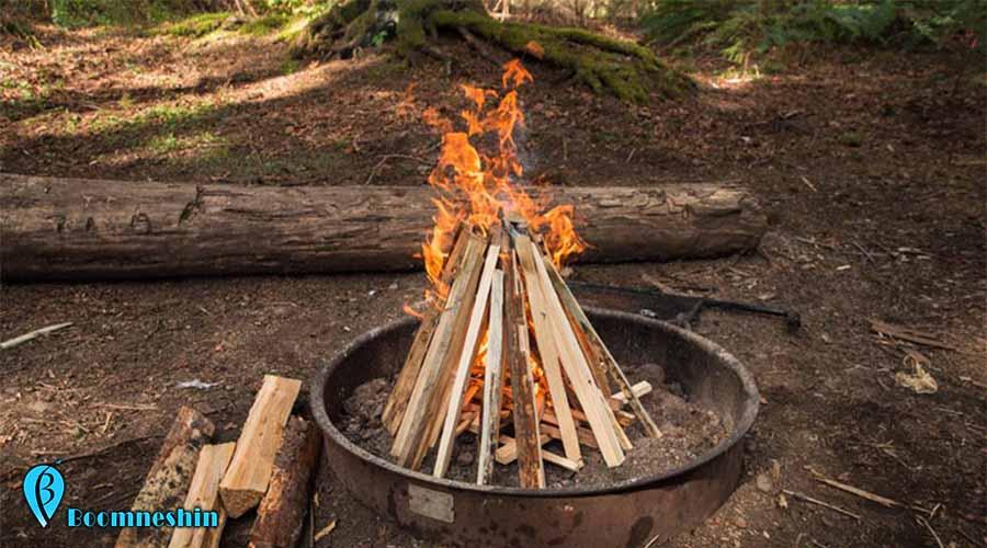 چگونه برای آتش روشن کردن در طبیعت هیزم ها را بچینیم؟
