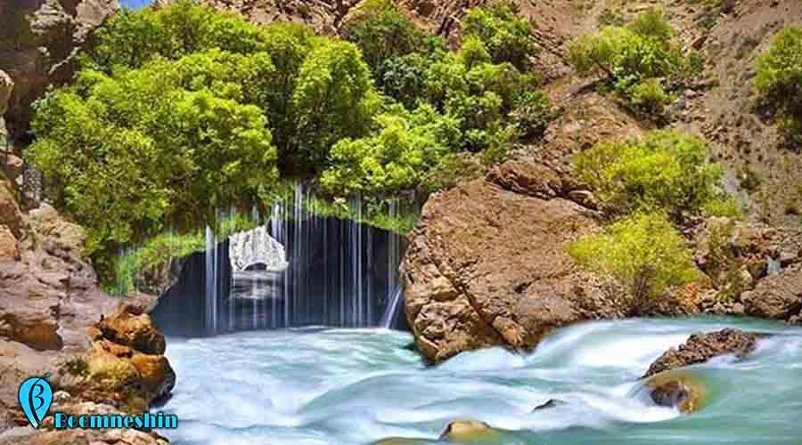 آب ملخ، عجیب ترین و ترسناک ترین آبشار ایران