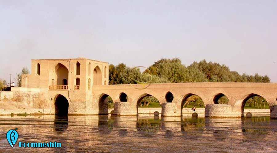 پل شهرستان ( جی ) از جاهای دیدنی اصفهان