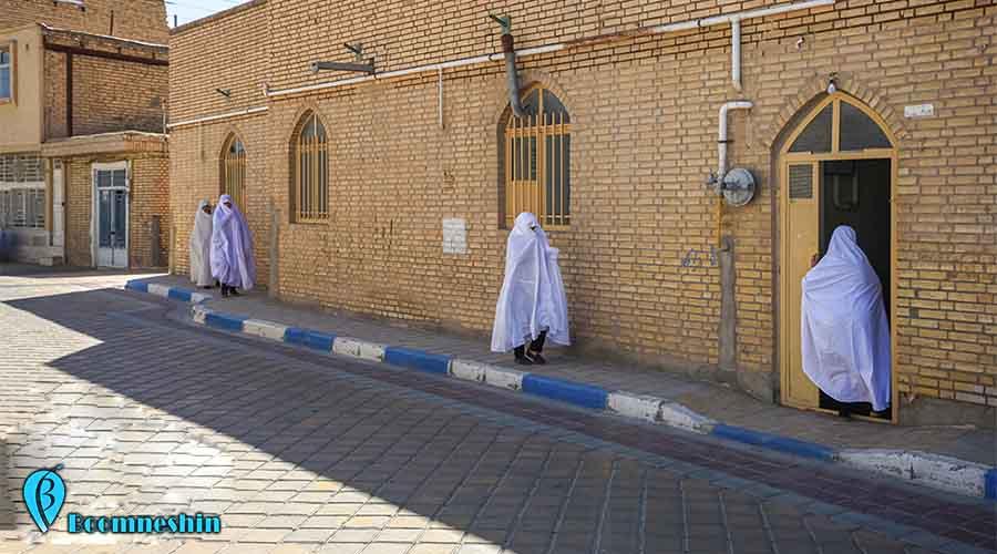 ورزنه اصفهان ، شهر فرشتههای سفیدپوش