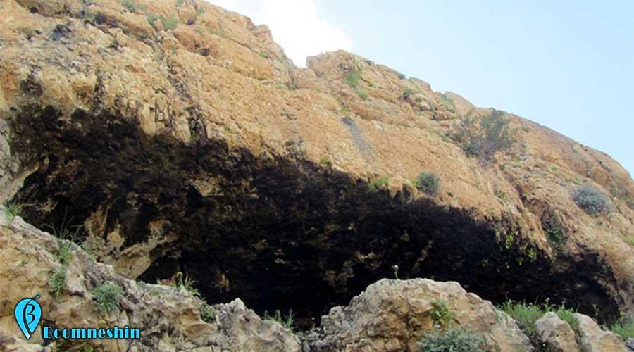 کشف نقوش صخره ای ۵ هزار ساله در استان اصفهان شهر میمه و شاهین شهر